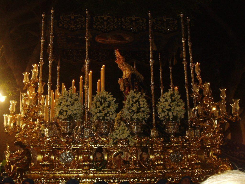 trono Amor malaga