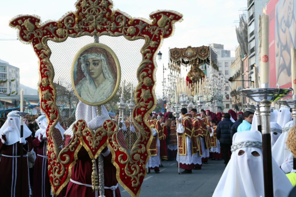 Estandartes Semana Santa Malaga